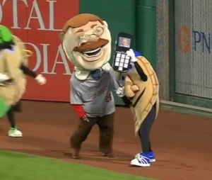 teddy-roosevelt-potato-pete-racing-pierogies-selfie